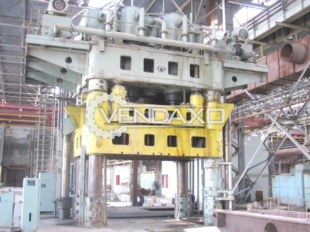 Russian P 236 Sheet Stamping Hydraulic Press Machine - Capacity : 1600 Ton